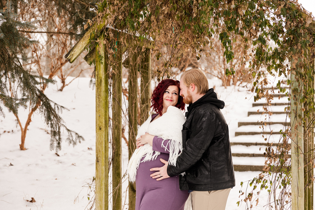 Henry - Blanchette Park Rau Garden - Winter Maternity - Brittany Lynn Imagery LLC - St Charles MO Photographer -12