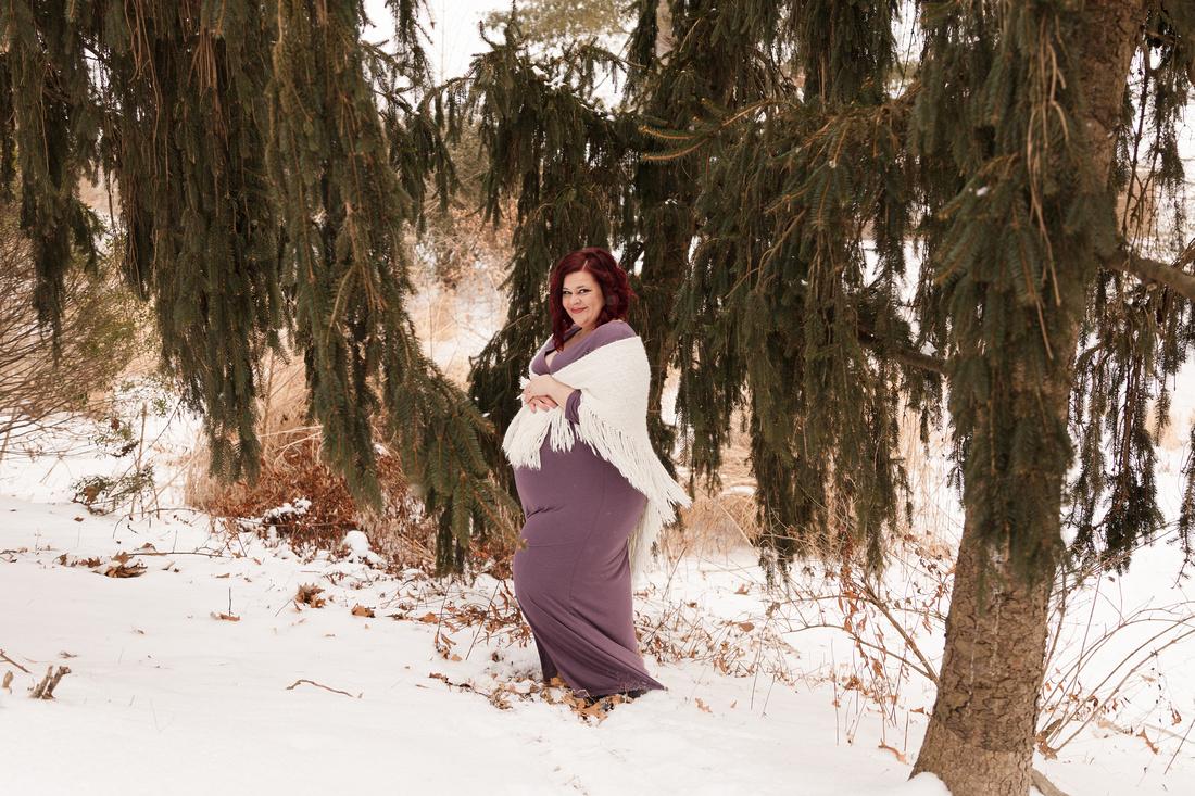 Henry - Blanchette Park Rau Garden - Winter Maternity - Brittany Lynn Imagery LLC - St Charles MO Photographer -34