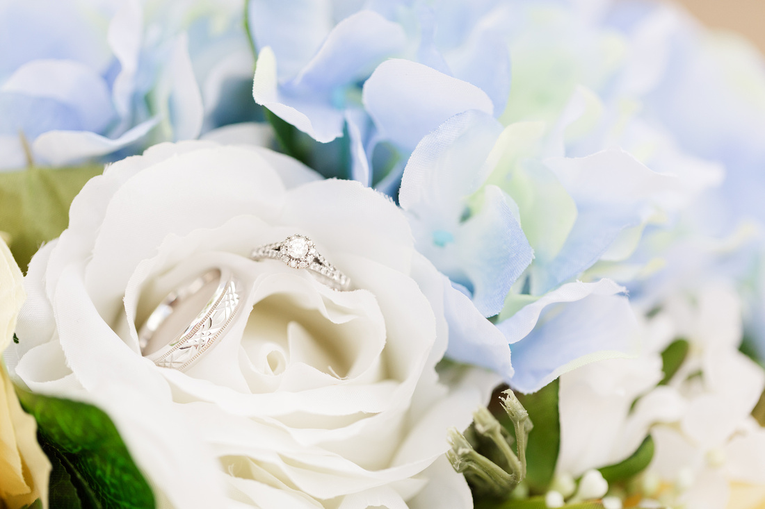 Carolyn and Chris - LDS STL Temple - Brittany Lynn Imagery LLC - St Charles MO Photographer -44